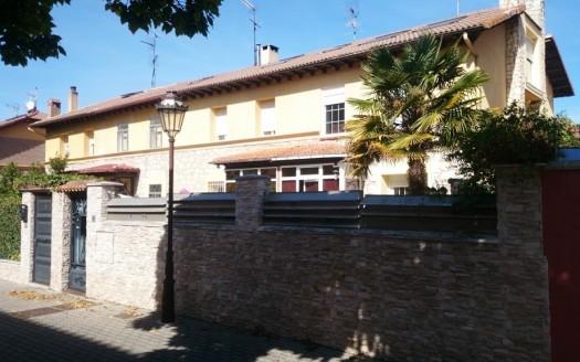 Adosado en venta en pleno Paseo de la Castellana, Burgos