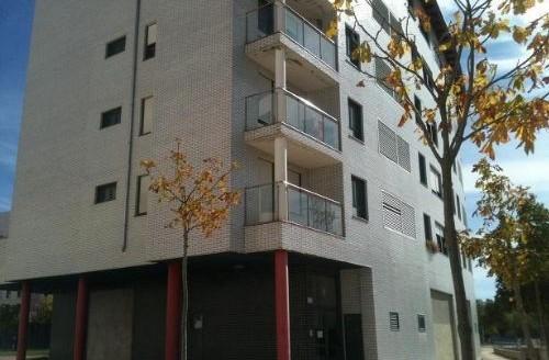 Local en venta en zona Universidades, en Burgos, ¡Oportunidad Bancaria!