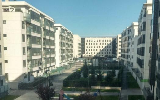Apartamento Venta zona Cellophane en Urbanización Privada, con piscina