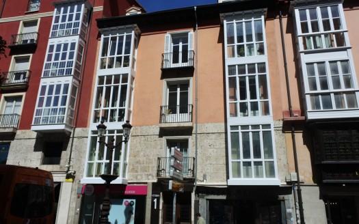Dúplex Abuhardillado en venta en pleno Centro de Burgos