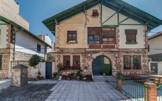 Casa Pareada en Venta en pleno Centro Sur de Burgos