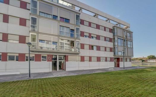Apartamento seminuevo en Venta zona Universidades, en Burgos