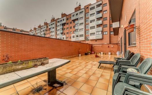 Fabuloso Bajo en Venta junto zona Coprasa, en Burgos