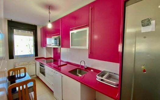 Apartamento ubicado en Urbanización privada, zona Barriada Yagüe