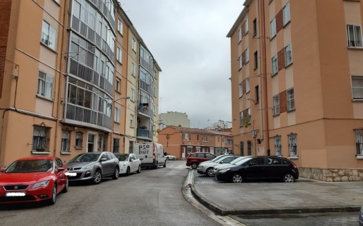 Piso en Venta para Reformar en Barriada Inmaculada, Burgos