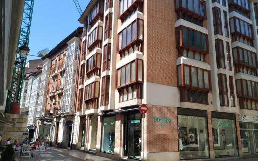 Apartamento en alquiler ubicado en pleno Centro Histórico, en Burgos